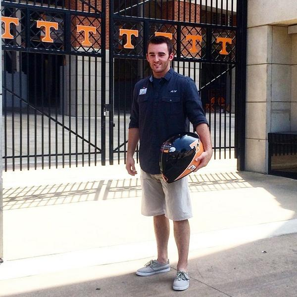@austindillon3 poses with his #Vols racing helmet in front of Neyland Stadium. #NASCAR http://t.co/0Ne9TppGzF http://t.co/SCpz6ilKph