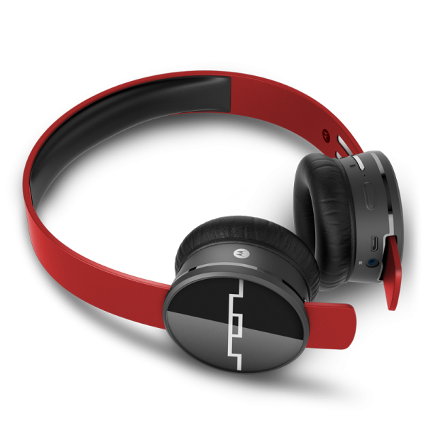#Win a pair of @SolRepublic Wireless Track Air Headphones #bts #Giveaway http://t.co/qqvI8QGjZU http://t.co/C2olpvqgll