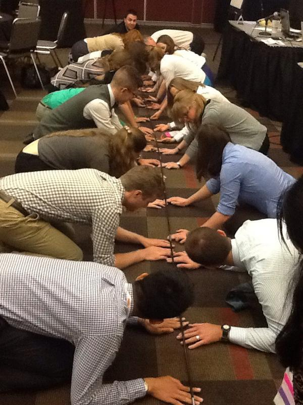 Now THAT'S what I call teamwork... And leadership! #aafpnc #fmig #fmrevolution http://t.co/bwhc2Z7hsM