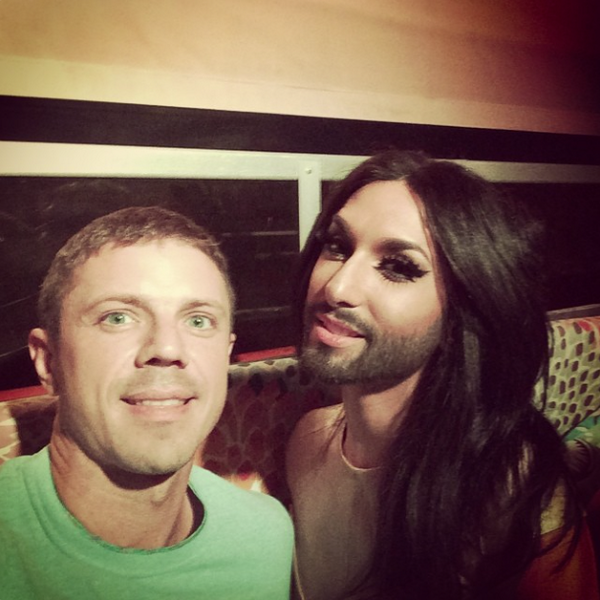 Jake laughing and living with @ConchitaWurst. http://t.co/Y7vLHfnoHK