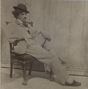 .@SmithsonianArch @NMNH Clearly, Whistler is the ultimate #SIhipster. #PeacockRoom #SIshowdown http://t.co/1oSY0i70Qs http://t.co/MsgYxMriA9