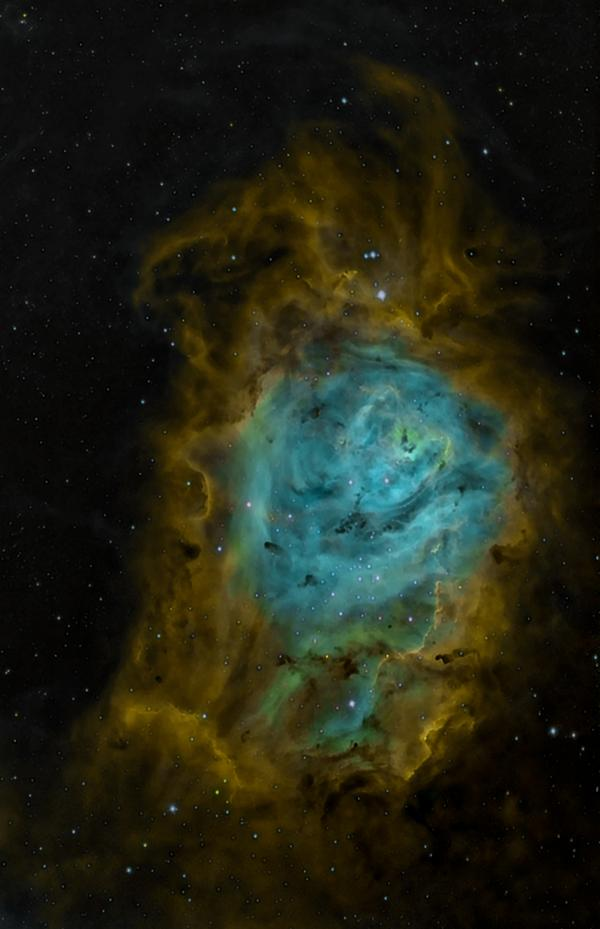 Pretty! RT @CCantuQ: @Nancy_A  Lagoon Nebula in narrow band. http://t.co/SenaLI2GPw