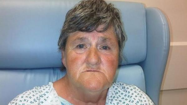 Do you know this woman? She is in hospital in Wales and cannot recall her personal details http://t.co/piz7WaavN9 http://t.co/siU8tUn1mk