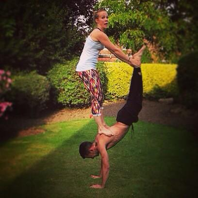 Stefan Sophie On Twitter Wheelbarrow Balance Acrobalance Lifts Dance Dancelift Circus Fitness Partnerwork Yoga Gymnastics Stength Http T Co Neiekb9yml