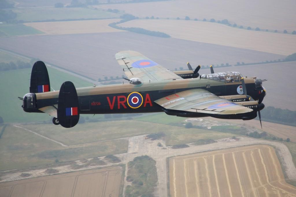 RT @RAFRed10: A fitting photo. Vera flies overhead Wickenby Airfield, a former Lancaster base and previous home of 12 and 626 Sqns http://t…