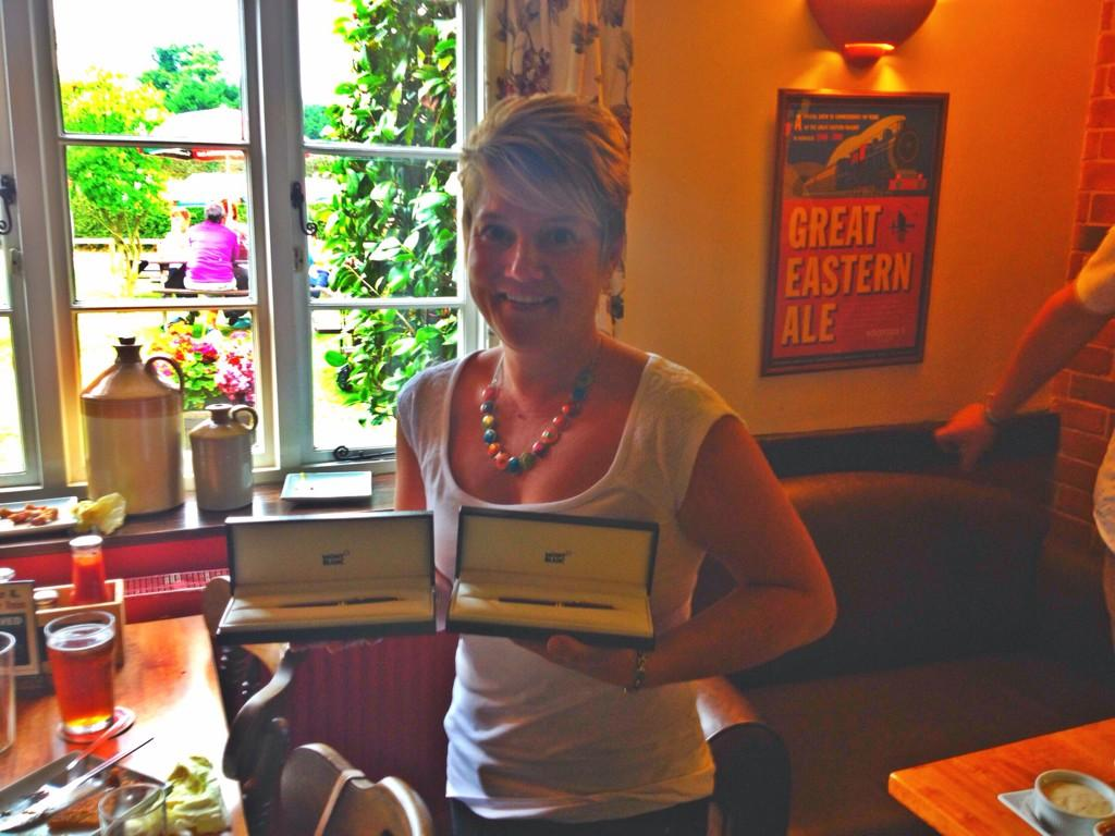 Congratulations to Sharon, celebrating 25 years with Woodforde's today! http://t.co/MupUjbXin2