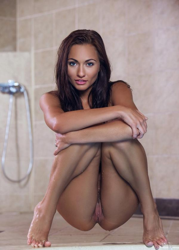 hottest naked girls european