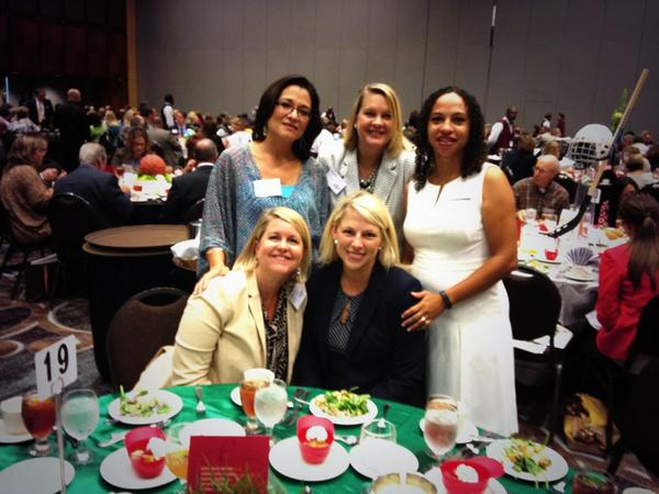 Having a wonderful time at the #MIBWSTL  What an amazing group of women. Thank you @stlouisbiz! http://t.co/7RFE2Puglw