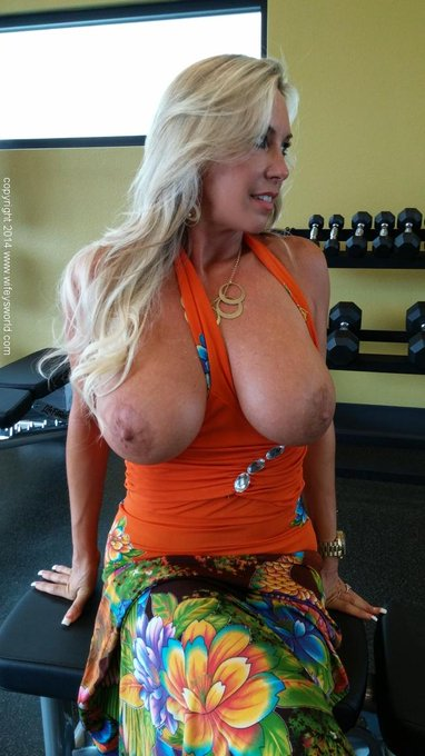 Oops! Hate when my dumbbells accidentally fall out at the gym!  ;) come see more! http://t.co/kdpY2J8Wi1