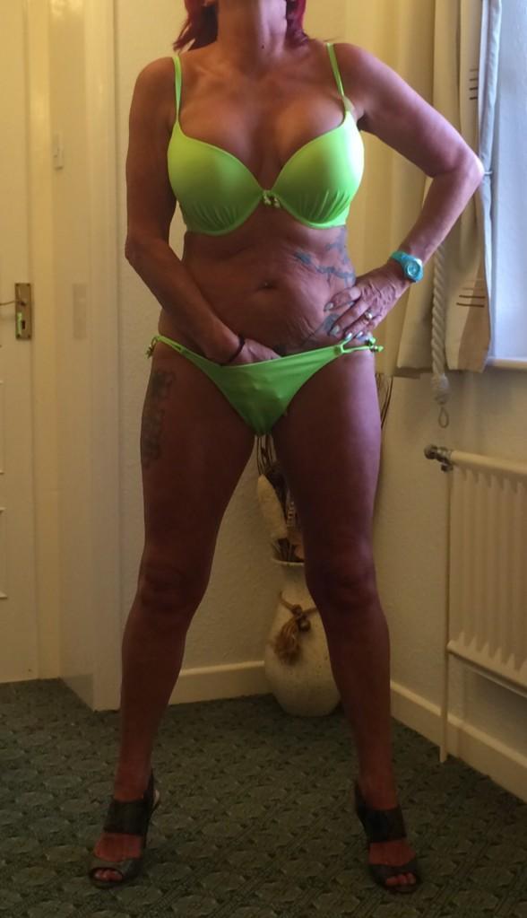 Horny milf in bikini