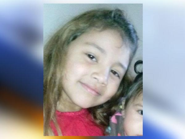 This girl, 6-year-old Alycea Mendez, has been reported missing in Chula Vista. Please retweet http://t.co/TML3RylC3T http://t.co/wiCQ5hJDkV