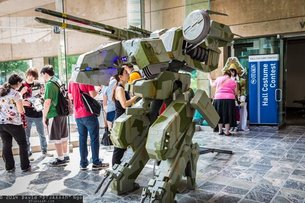 Metal gear rex cosplay