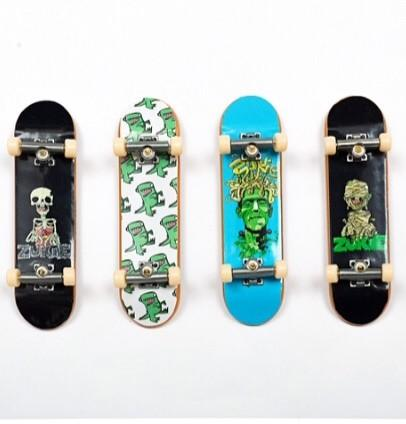 Zukie Limited edition Tech Decks now on the site £2.99. Grab them quick ! These won't be on long ! http://t.co/YRPFdvhniJ