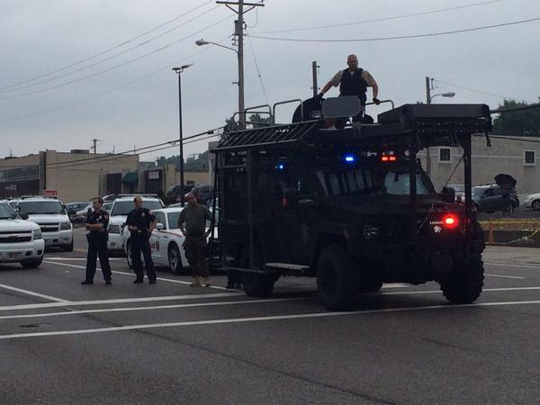 Police have brought out the large gear in #Ferguson. http://t.co/2gxUzOvwfy
