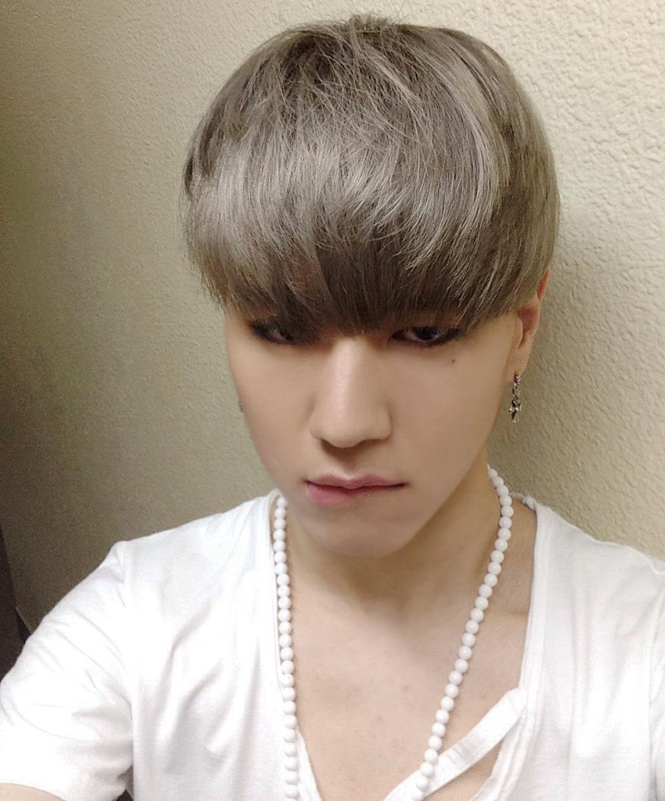 ... ONEMIC #GOT7 #Yugyeom #ManlySelca @Suzy_rt http://t.co/HHGRXZY4yn Yugyeom Got7 Selca