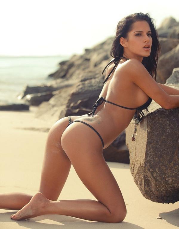 Naked Bikini Babe Movcies 25