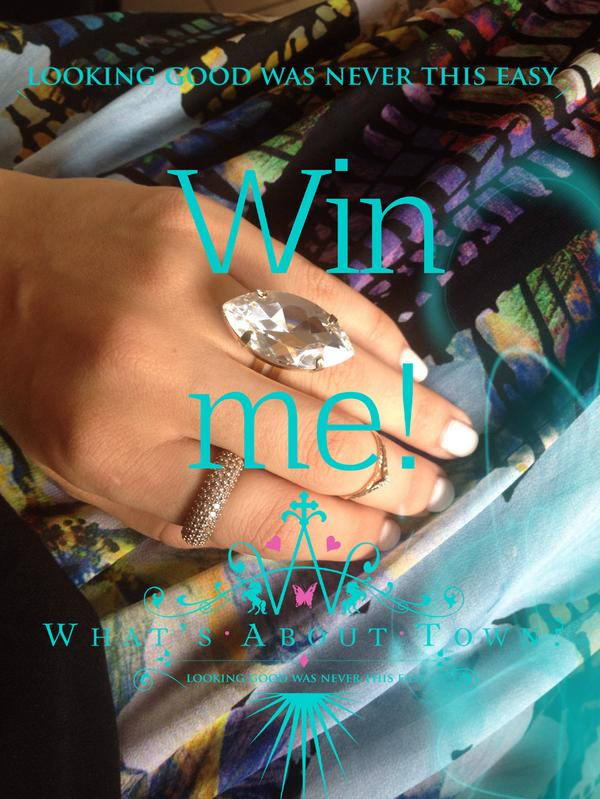 Win a gorgeous Ring Made With a large Swarovski Crystal just RT and Follow ends 18/8 Midday #win #competition http://t.co/g7AVQ1Airt