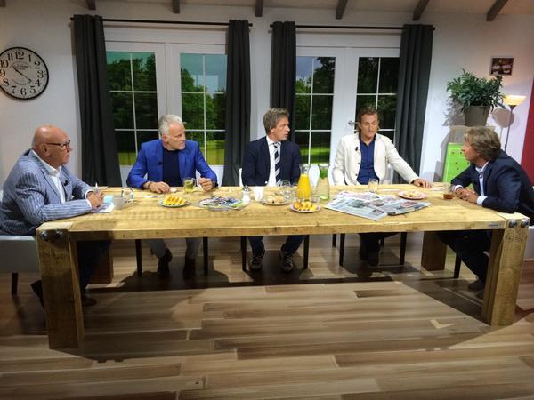 Aan De Tafel.Fox Sports On Twitter Live De Tafel Van Kees Met Kees Jansma