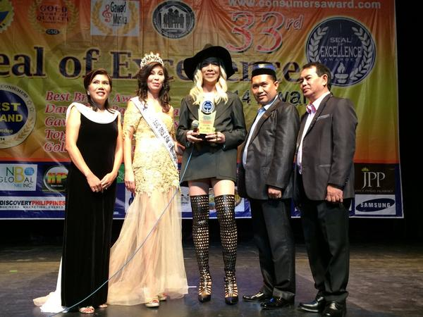 Congratulation @vicegandako for the Best Comedian Performer-Host Award #SealofExellenceAward2014 http://t.co/lxvGnraW5k