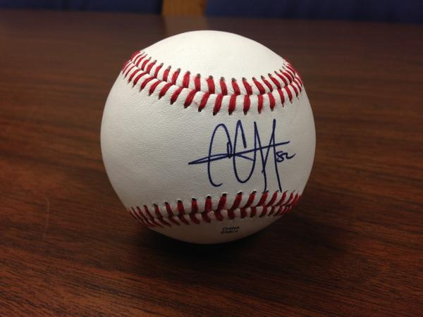 Giving away @CC_Sabathia singed ball - RT by 11am tmrw 4 chance 2 win @MiLB #MascotMania #VoteRookieThunder http://t.co/24A4hrkAw9