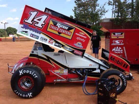 @JohnEkdahl Here's the right side of his Sprint car. Limited vision at best. http://t.co/WtTikGSfC8
