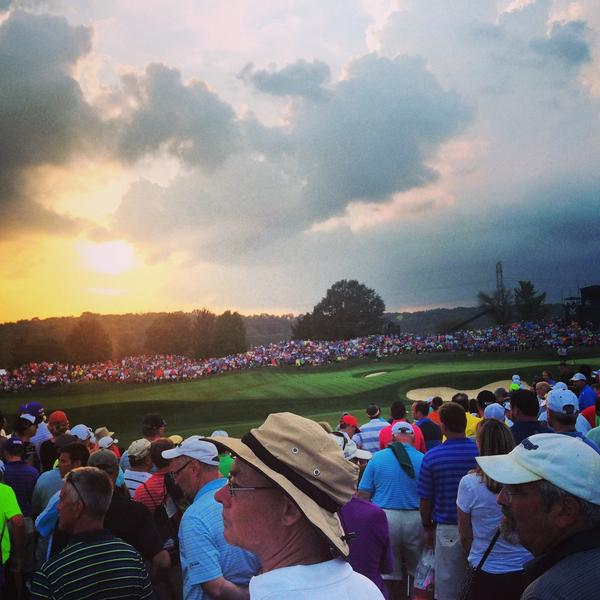 Stay, sun. Stay. We have a #PGAChamp to finish...and it's going to be good. http://t.co/8x2BxrbSt8