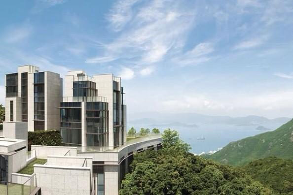 The world's most expensive home (per square foot) goes on sale in Hong Kong http://t.co/vjXeYLsjWP http://t.co/LZVf6i4mXZ