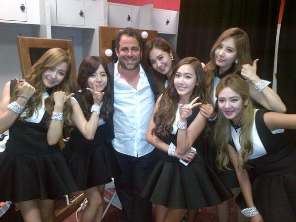 My favorite #KPop band #GirlsGeneration http://t.co/pO5oBvImDC
