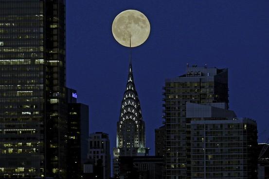 Photos: The Super Moon and New York City http://t.co/qrfjJpJwbN http://t.co/H1HG4ISSrf