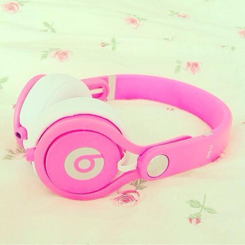 my beats http://t.co/5Zey7ZgaJG