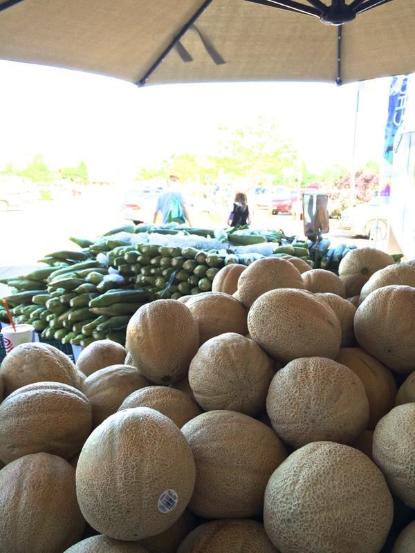 Why can't melons get married? … Because they Cantaloupe! #ChooseColoradoTour #BuyLocalProduce http://t.co/MwahBz93kK