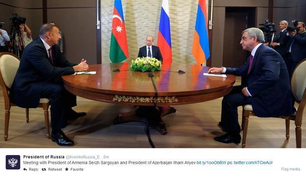 Putin. Small, or far away? http://t.co/sbAABtR9pb