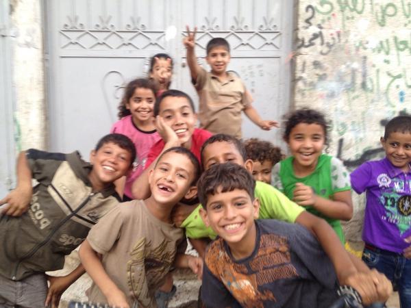 Smiles of a ceasefire #gaza http://t.co/KWBUlDCpRI