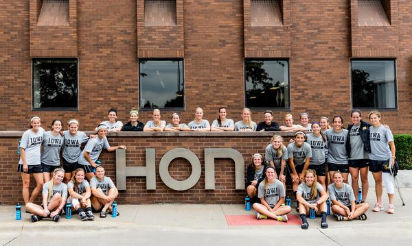 Thanks to the @uiowa Iowa Women's Soccer Team for having lunch with us in Muscatine! @HawkeyeSoccer @TheIowaHawkeyes http://t.co/aZMa6xH0V7