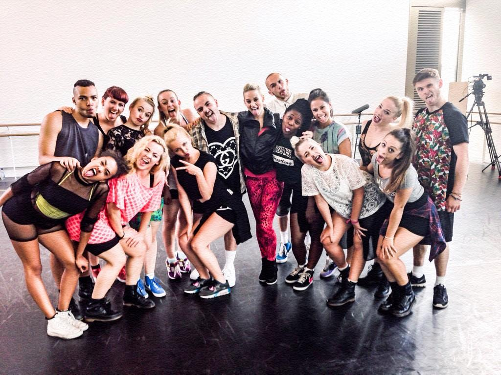 """@Academyofbase: Rehearsing with our @KimberlyKWyatt  #TeamKim  #teamkimberley  #AcademyOfBase ❤️❤️ http://t.co/eiKcxkRVgW""  -love this lot!"
