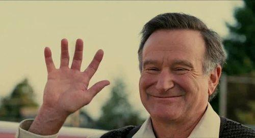 Robin Williams your talents made us laugh, made us cry, & you made us happy. Thank you sir! #RIP http://t.co/aVdOzBzM1o