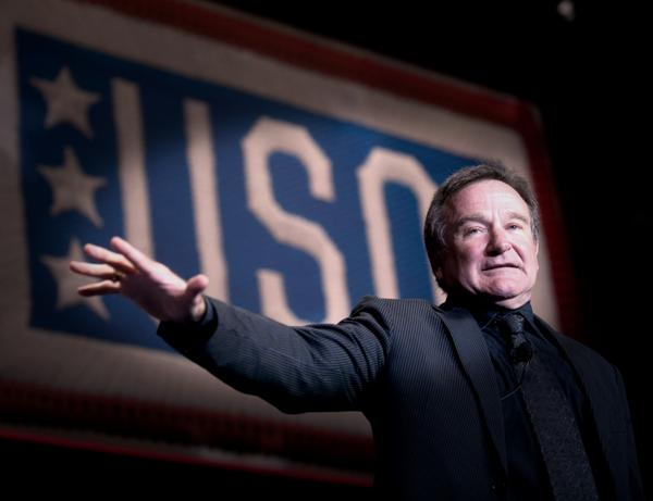 Robin Williams circled the globe entertaining our troops & families. Part of @the_USO family, he'll be sorely missed. http://t.co/sIkeosPTv2