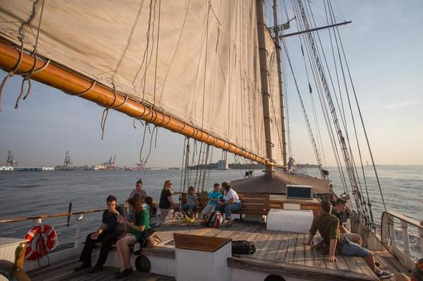 Cross summer activities off your bucket list! 12 things to do by summer's end (via @gothamist) http://t.co/9JjBoM8kXh http://t.co/QMLHcc7323