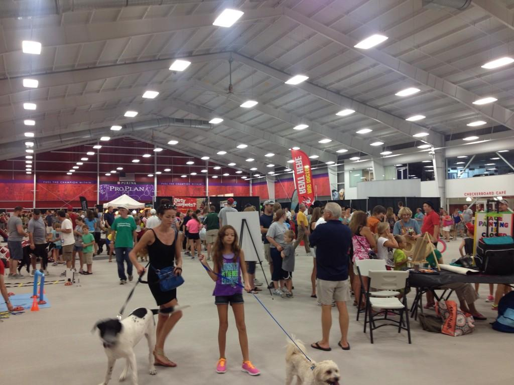 Y98 On Twitter The Petapalooza Fun Continues For Another 2 Hours At The Purina Farms Event Center Come On Out Airconditioned Http T Co Kxf0zqavhz