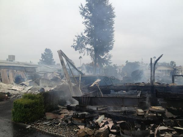 Massive fire burns mobile home comm, Hwy 29/Orchard. Dozen homes damaged, sparked by ruptured gas lines #napaquake http://t.co/Rc0tap5Kt8