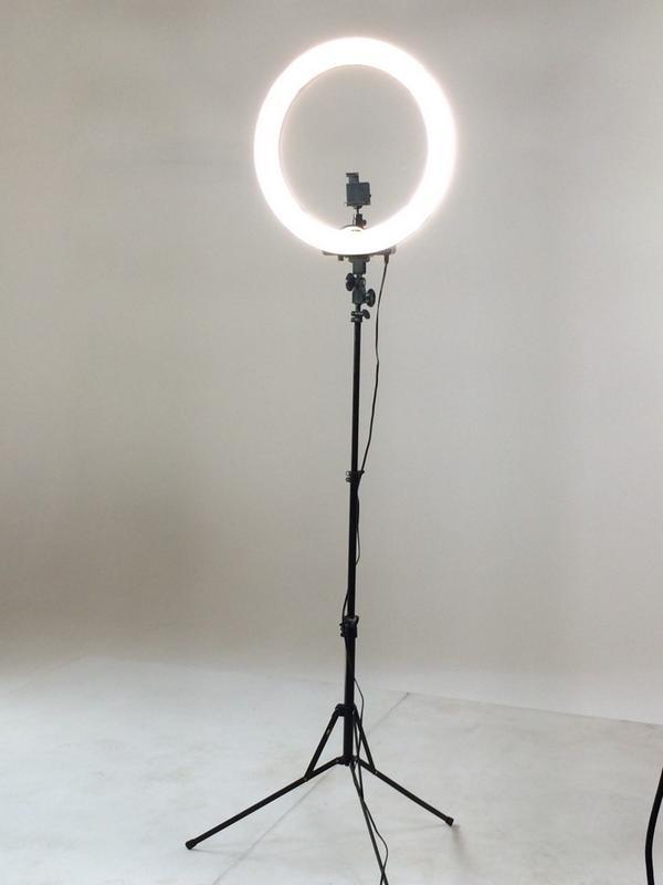 Stellar Led Diva Ll Ring Light: Diva Ring Light (@alicia_harooni)