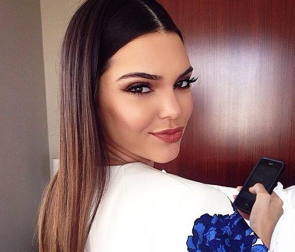 Wow Kendall is flawless http://t.co/KgIN3u36DF