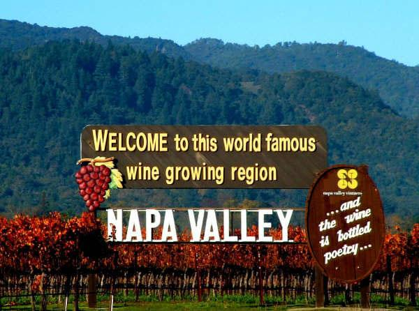 """@winewankers: Our thoughts go out to everyone affected by the earthquake that hit Napa Valley! #wine #love http://t.co/yzGSyD6gVw"""