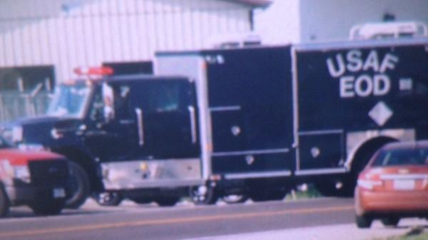 Scott Air Force Base Explosive Ordnance Disposal unit arrives in Granite City explosion scene. http://t.co/o3iFfuH0Og