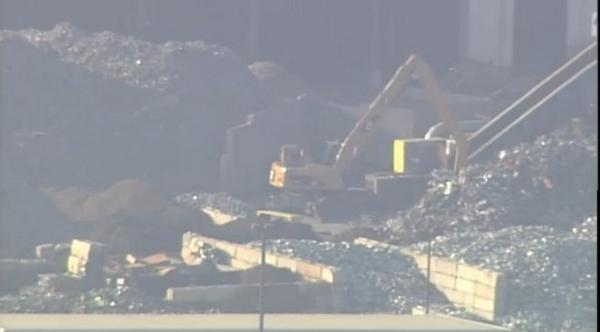 2 dead & 1 injured in Granite City recycling plant explosion #STL - Details: http://t.co/l8KvlLOBxz http://t.co/n9Ctq4cEc5