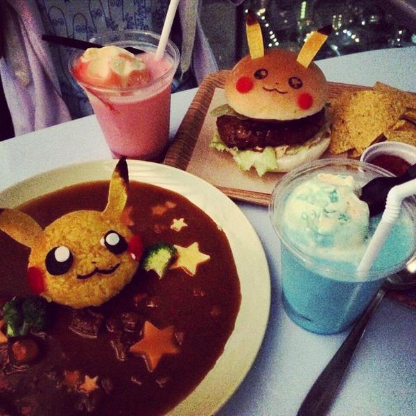 今日はポケモンカフェ!!!!美味しかったし可愛かったしで大満足。夜景綺麗だったな〜〜〜〜六本木(笑) http://t.co/fvXcwGZFCS