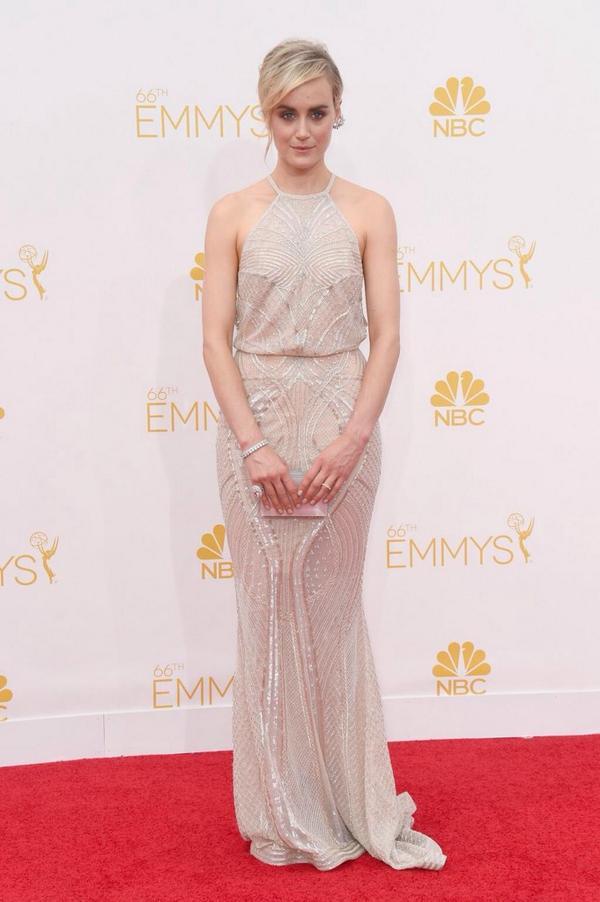 Taylor Schilling wearing @ZMURADofficial #Emmys http://t.co/O4p4Zl65q4