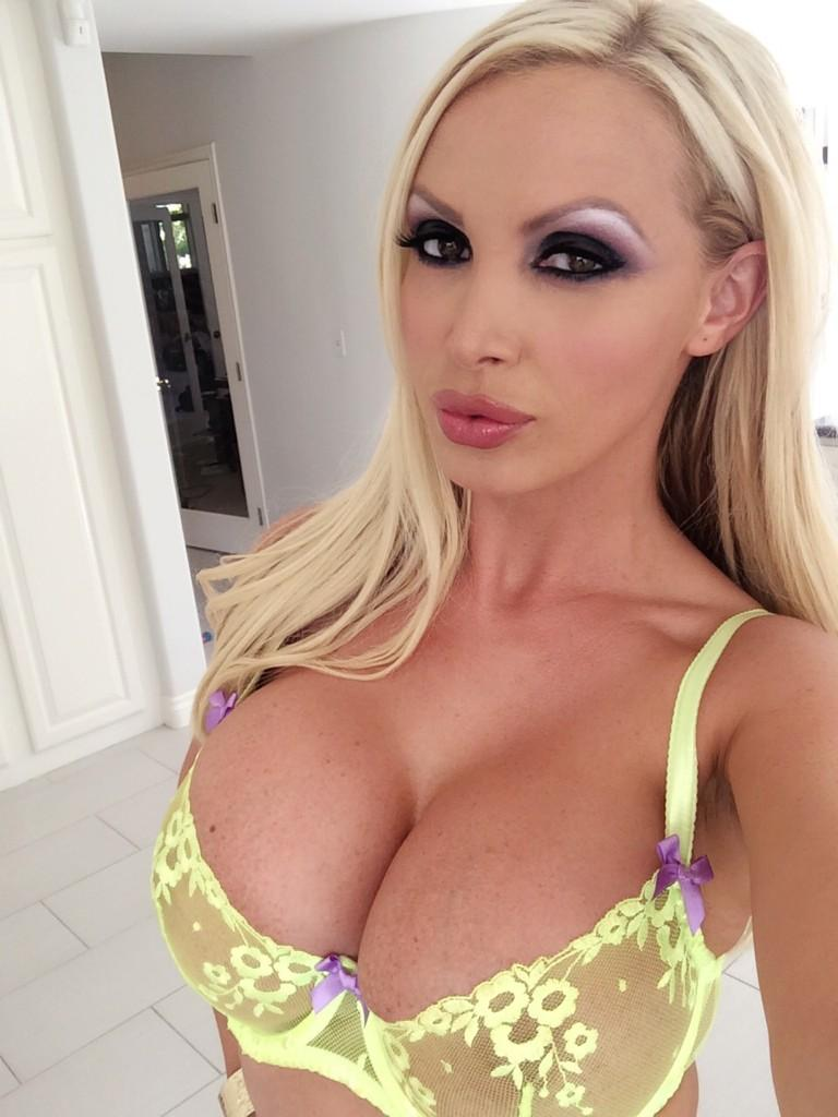 Nude nikki benz, My first time masturbating