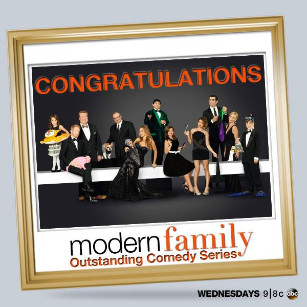 THANK YOU! 5th Emmy for Outstanding Comedy Series. So grateful that you've been part of our #ModernFamily. #TheEmmys http://t.co/jqGWZ6Tq4W