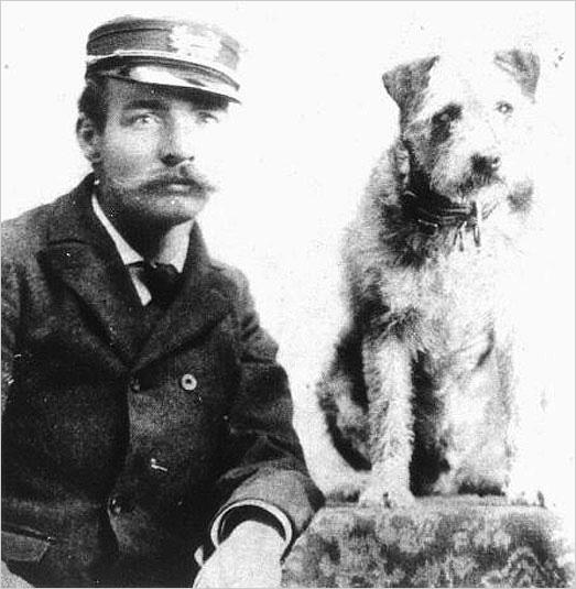Meet @OWNEYtheDOG, one of the most recognized celebrities of the late 19th c. #NationalDogDay http://t.co/rbOBYXbyi7 http://t.co/J0NwpGNn2W
